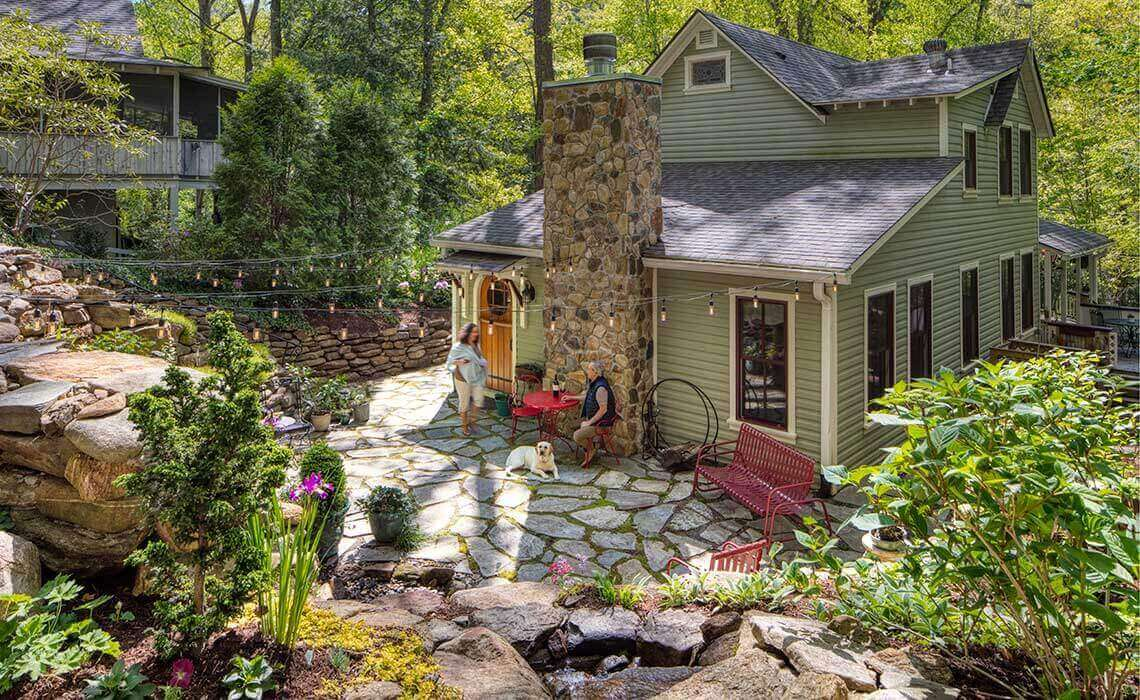 montreat-cottage-full-lifestyle-sineath