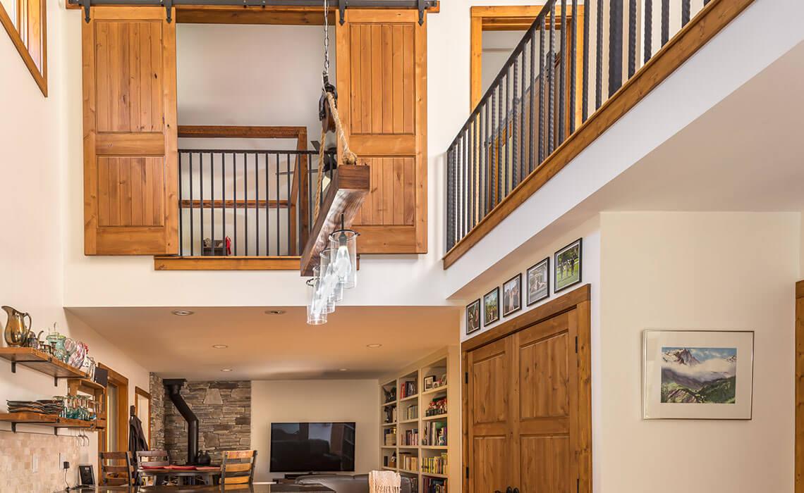 cabin-woods-light-fixture-sineath