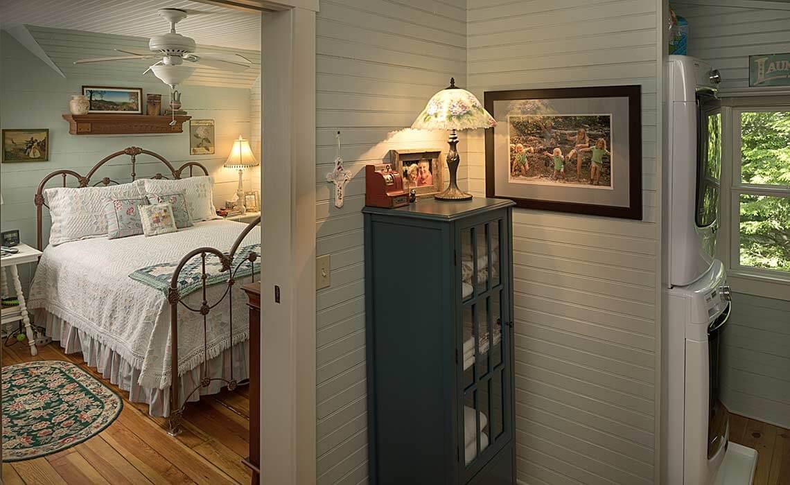 montreat-cottage-bedroom-sineath