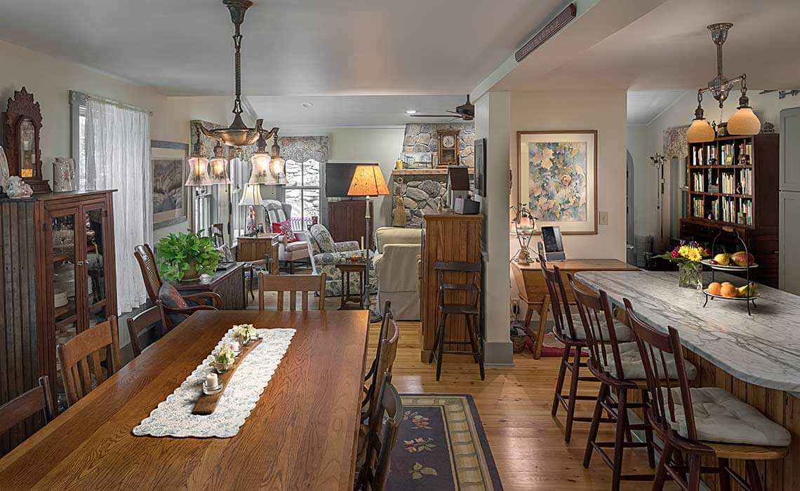 montreat-cottage-dining-room-sineath