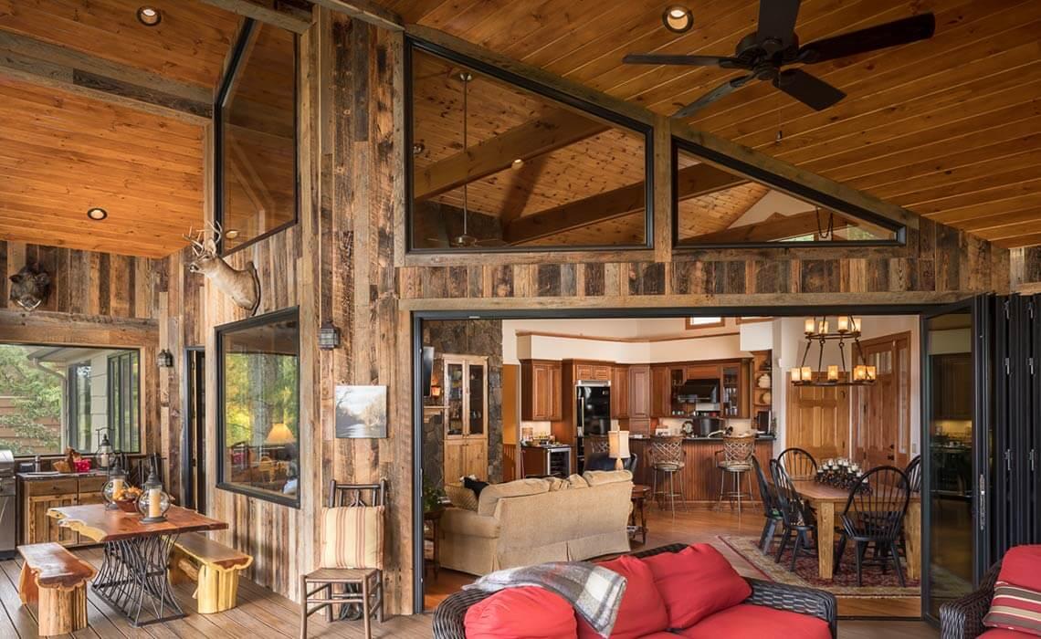 stately-mtn-cottage-doors-open-sineath
