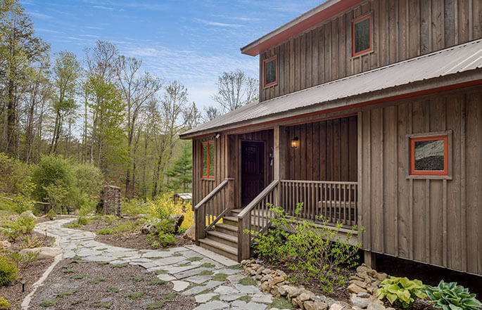 685-cabin-woods-sineath