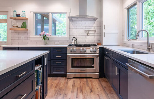 685-dream-kitchen-stove-sineath