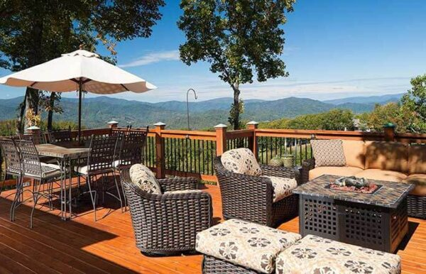 685-outdoor-spaces-full-view-sineath