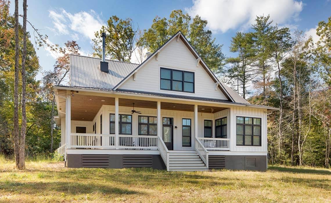 modern-farmhouse-front1-sineath